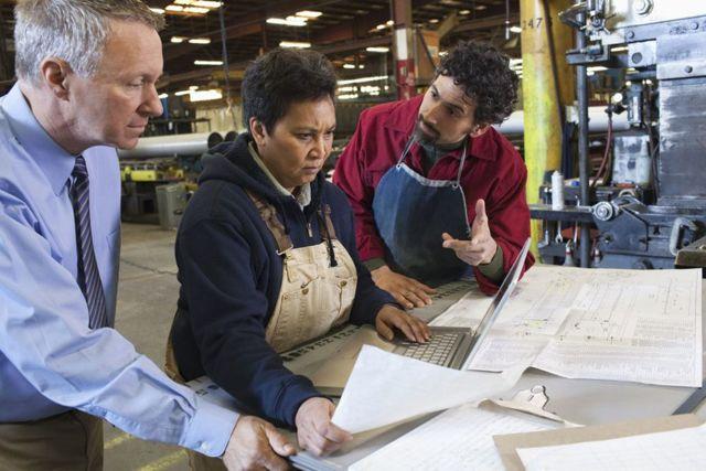 Как сменить профессию в 40-50 лет: новые перспективы для мужчин и женщин