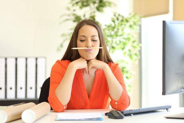 Не хочу работать, хочу сидеть дома: почему так происходит и что делать, если вообще нет желания ходить в офис?