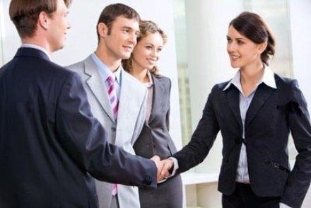 Как вести себя с начальником - мужчиной или женщиной, чтобы наладить отношения и найти общий язык, как правильно общаться, когда босс ругает или вызывает на ковер?