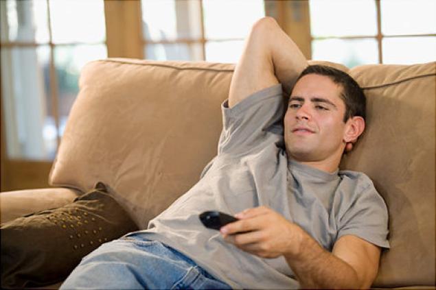 Муж не хочет работать: почему так случилось и как заставить его зарабатывать, советы психолога