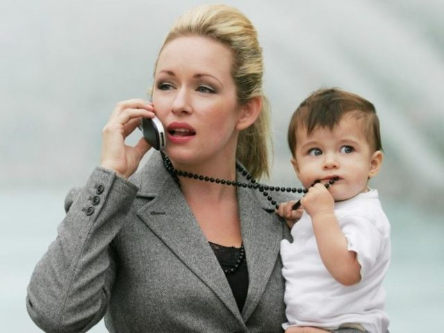 Как найти работу после декрета: куда устроиться молодой маме?