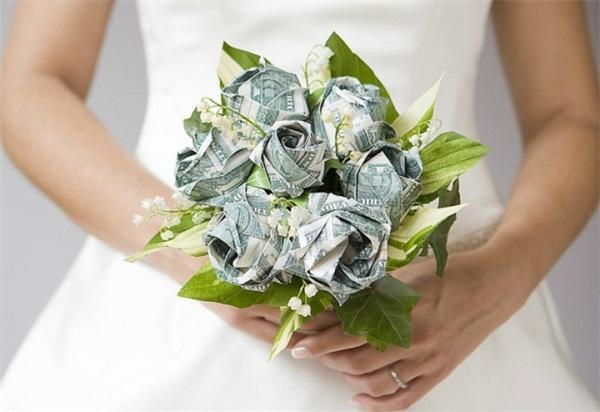 Подарок на свадьбу коллеге по работе: от коллектива и лично, символический и богатый