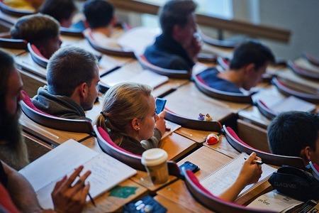 Входит ли учеба в институте в трудовой стаж - какой период засчитывается